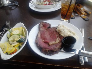 Prime Rib with Garlic Mashed Potatoes and Vegetables