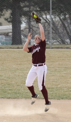 Softball vs Dakota Wesleyan