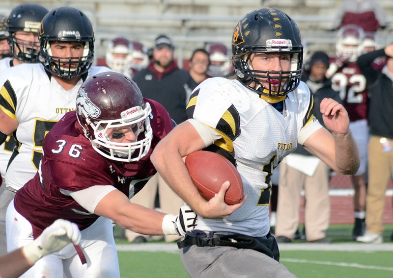 First Round: More FB playoff photos