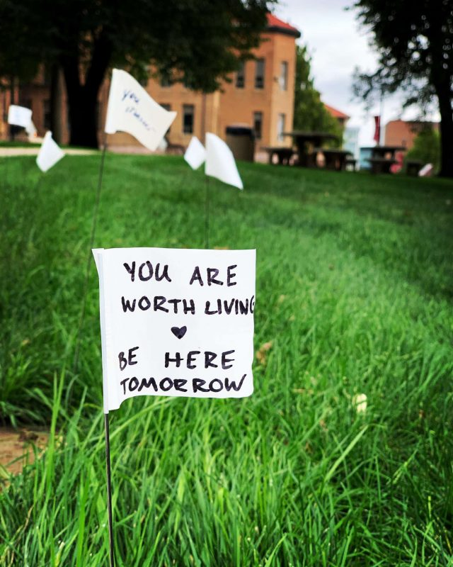 Raise your Flag: Active Minds observes National Suicide Prevention Day